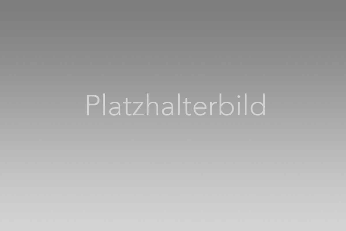 placeholder_3zu2.jpg